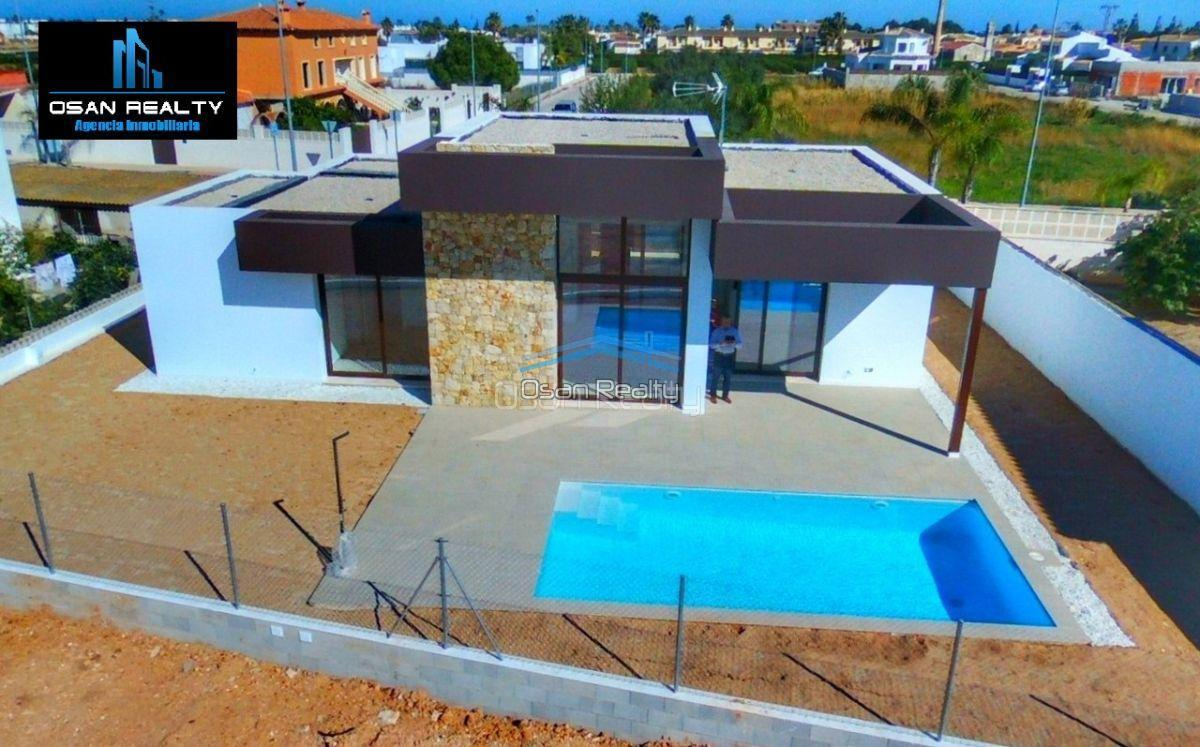 Villa for sale in El Verger 11718