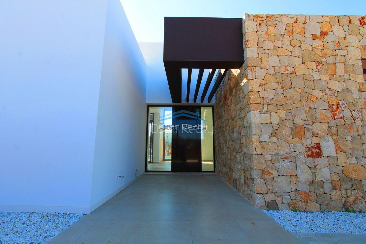 Villa for sale in El Verger 11729