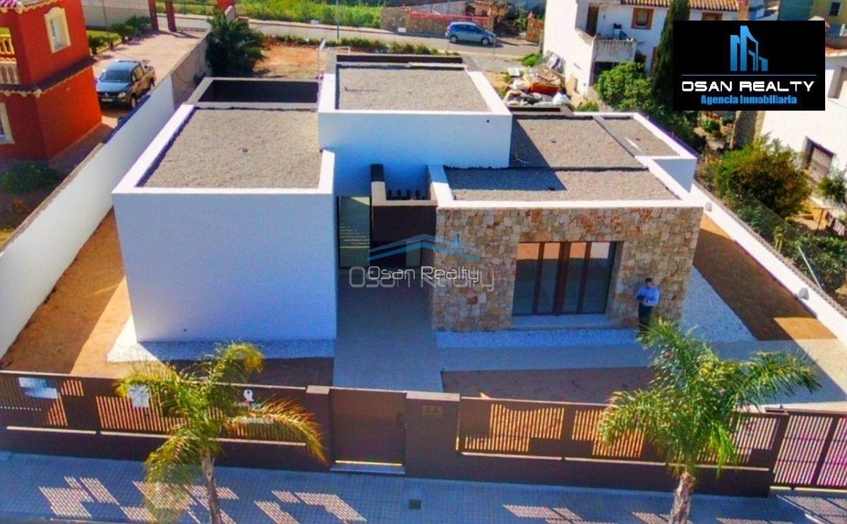 Villa for sale in El Verger 11735