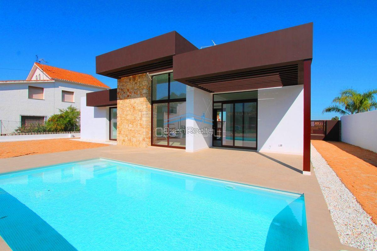 Villa for sale in El Verger 11736