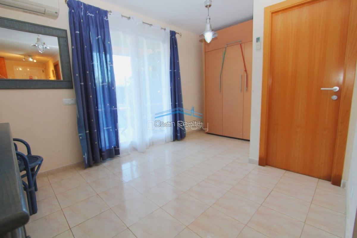 Flat for sale in Denia near the beach 11908