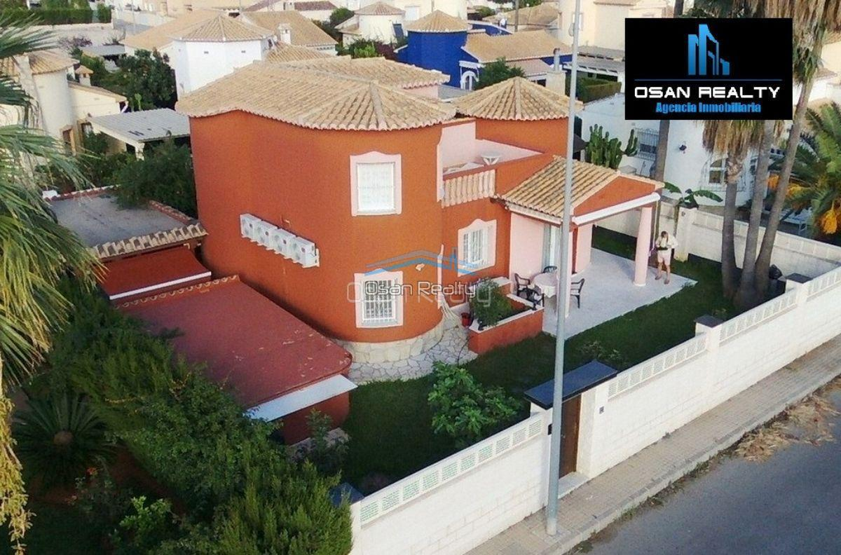 Villa for sale in Denia 12104
