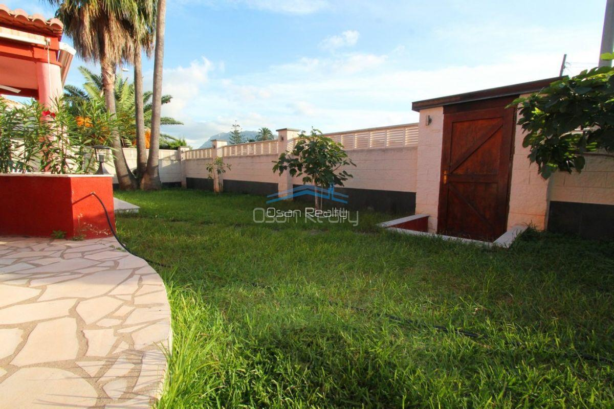 Villa for sale in Denia 12106