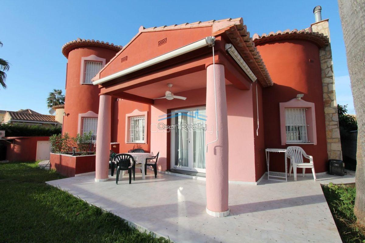 Villa for sale in Denia 12112