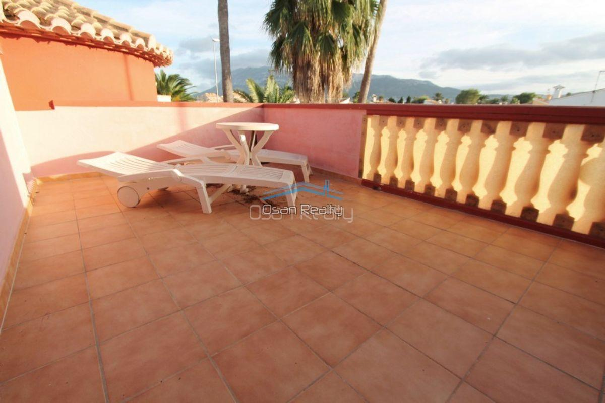 Villa for sale in Denia 12120