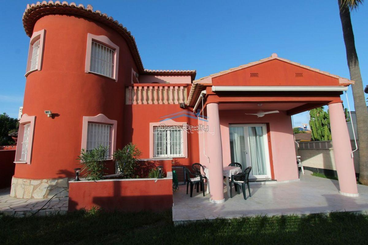 Villa for sale in Denia 12126