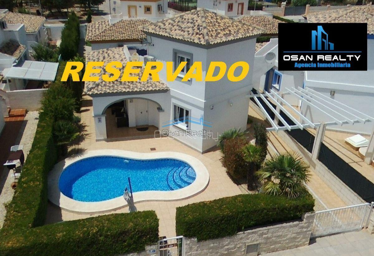 Villa for sale in El Vergel 12310