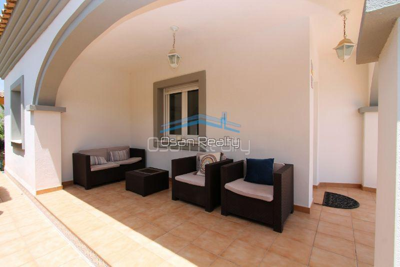 Villa for sale in El Vergel 12316