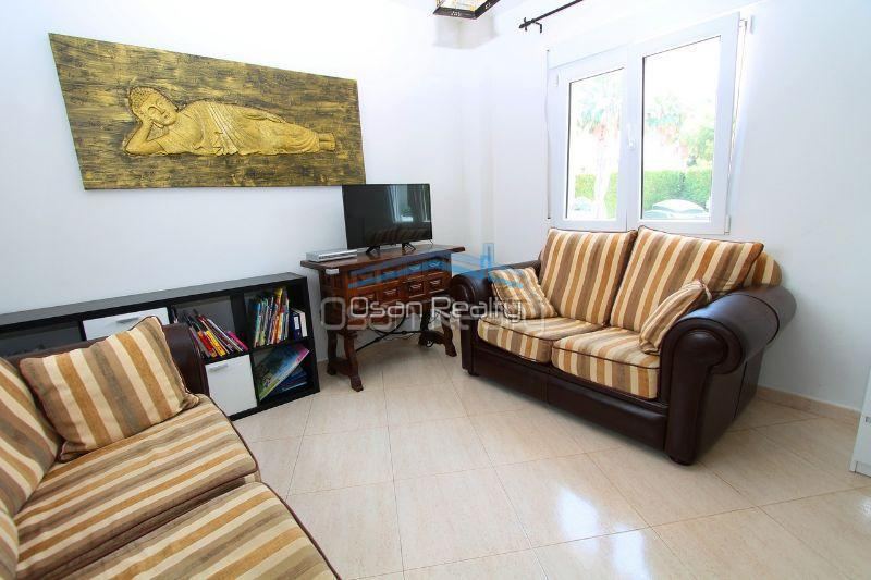 Villa for sale in El Vergel 12318