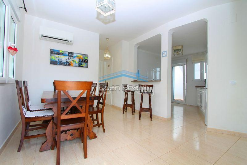 Villa for sale in El Vergel 12330