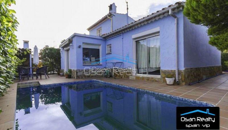 Villa for sale in Denia 12571
