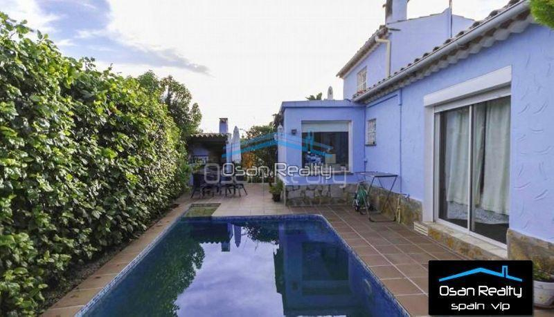 Villa for sale in Denia 12572