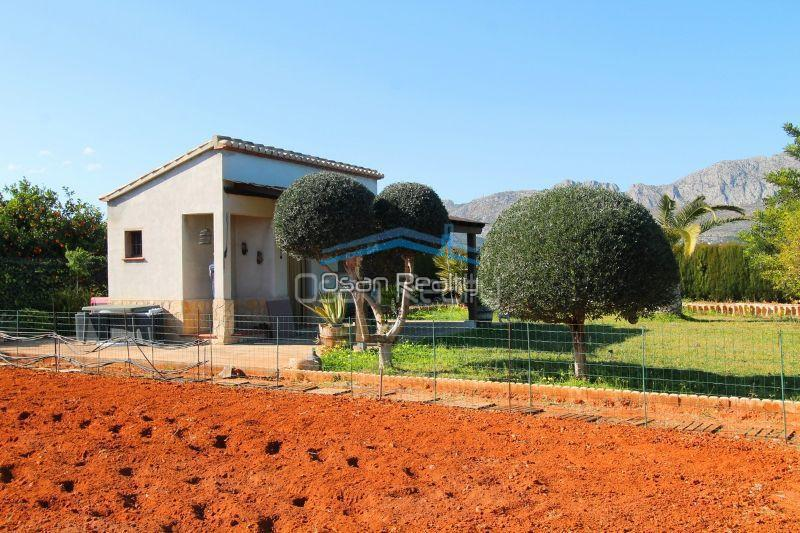 Country house for sale in Ondara 13022