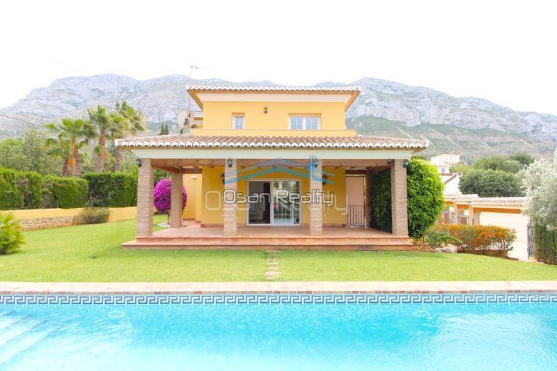 Villa for sale in Denia 13274