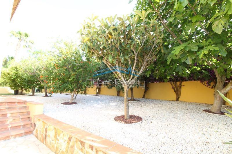 Villa for sale in Denia 13284