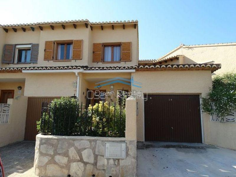 Townhouse for sale in Denia 13388