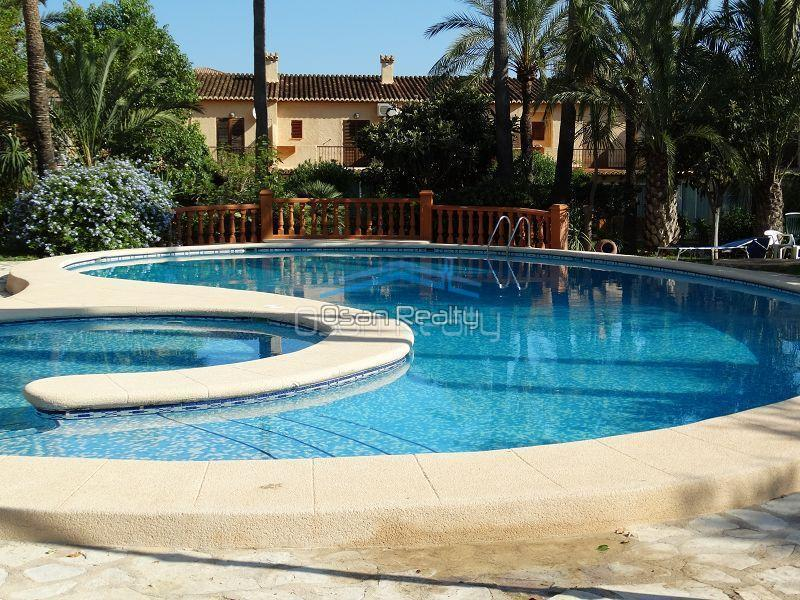 Townhouse for sale in Denia 13391