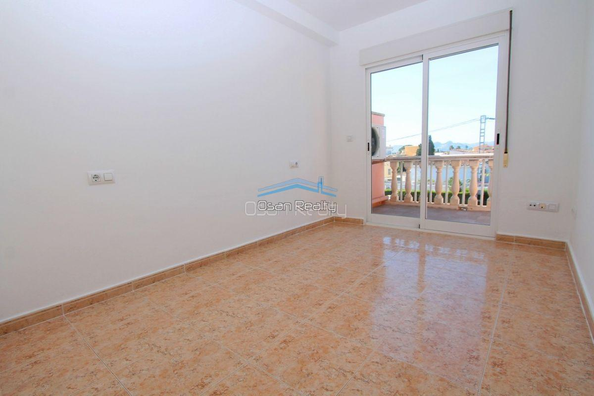 Townhouse for sale in Denia 13709
