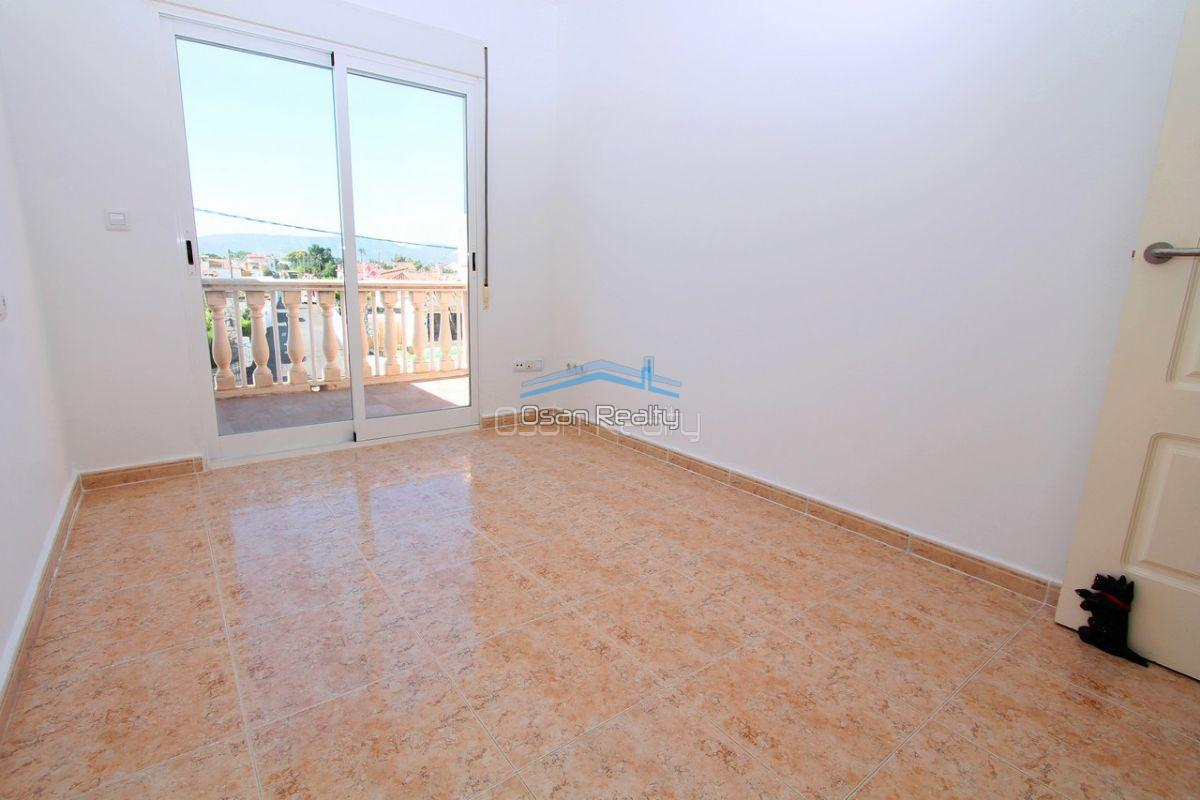 Townhouse for sale in Denia 13728