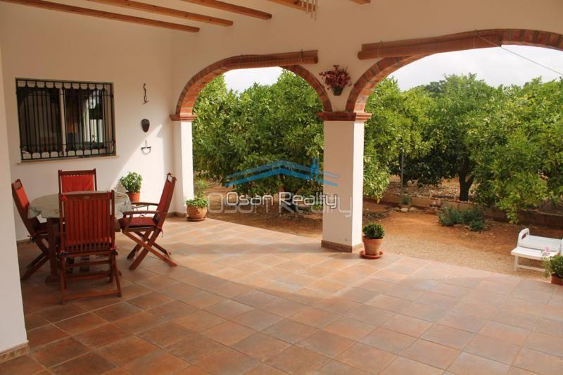 Villa for sale in Pedreguer 14190