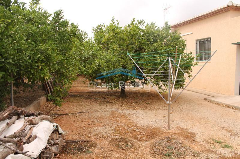 Villa for sale in Pedreguer 14209