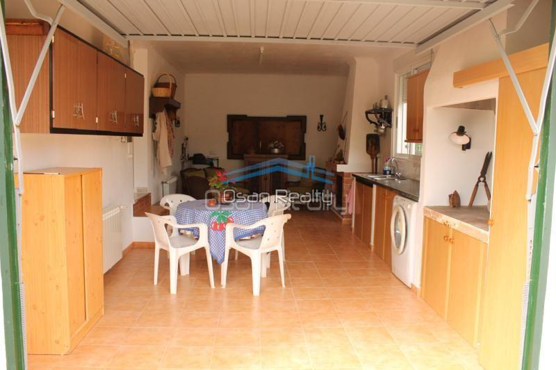 Villa for sale in Pedreguer 14212