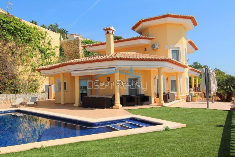 Villa for sale in Calpe 14516