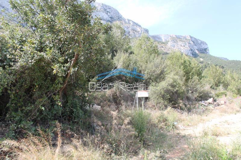 Land for sale in Denia 14808