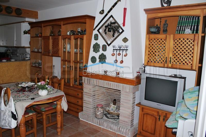 Townhouse to rent in Denia 831