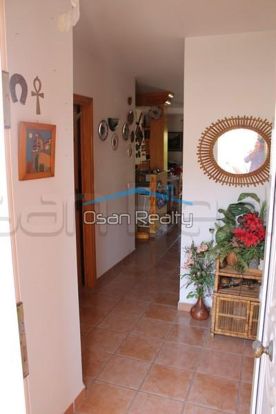 Townhouse to rent in Denia 837