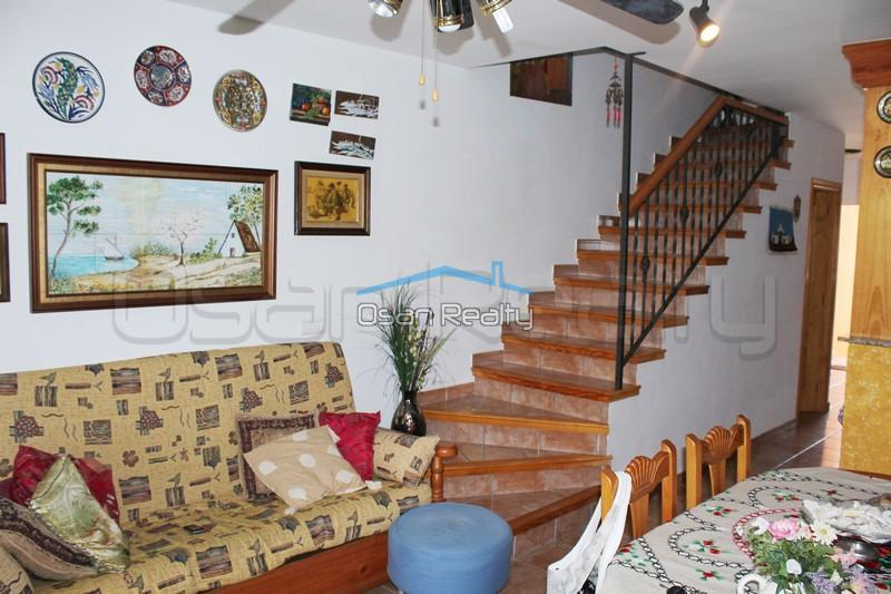 Townhouse to rent in Denia 843
