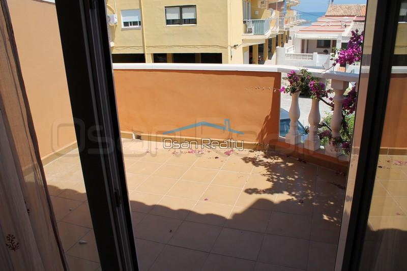 Townhouse to rent in Denia 849