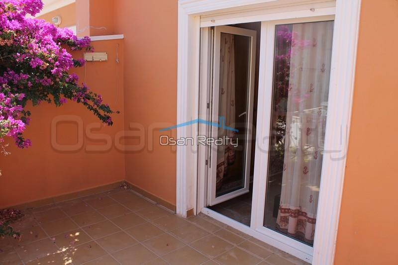 Townhouse to rent in Denia 852